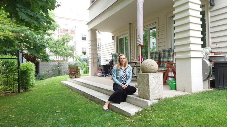 Vera Poppe wohnt mit ihrer Familie im Nikolai-Quartier in der Innenstadt von Potsdam.