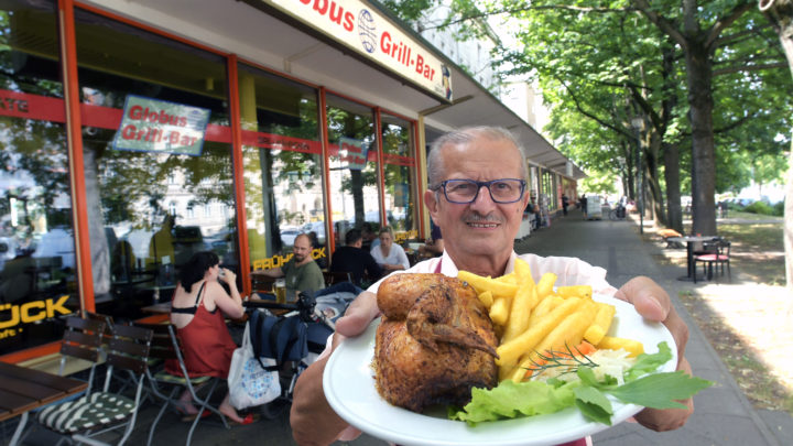 Potsdams Broiler-Baron: Peter Heinrich grillt seit 1965